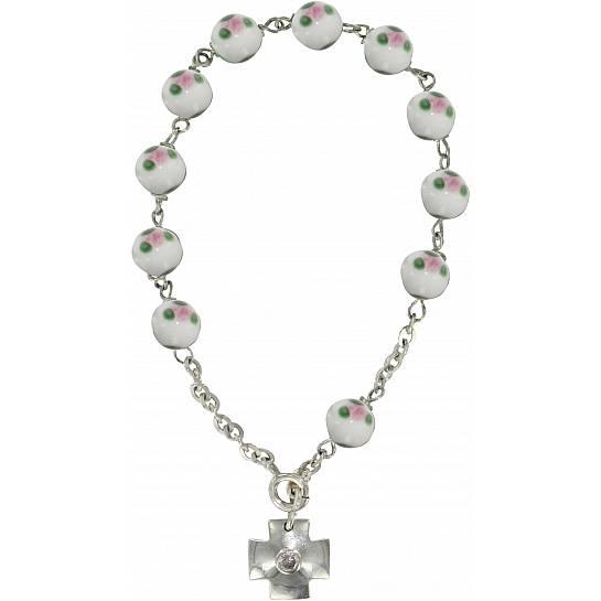 8e7ea796425c71 Braccialetto con grani a forma di roselline in vetro bianco mm 6,5 e argento
